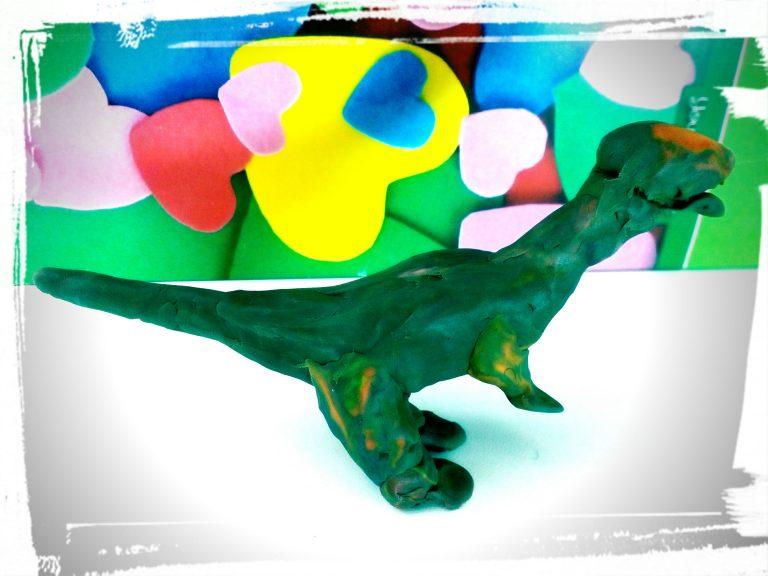 лепим динозавров из пластилина