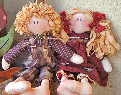 Как сделать из материала куклу
