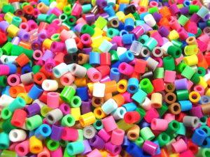пластиковый бисер