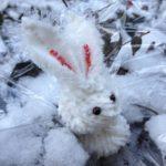Брелок на новый год своими руками- Снежный кролик
