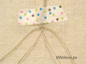 Простой плетеный кулон из пеньковой нити для камня
