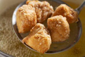 Мягкая жареная куриная грудка по-японски