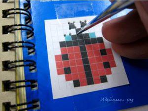 Вышивка крестиком на блокноте